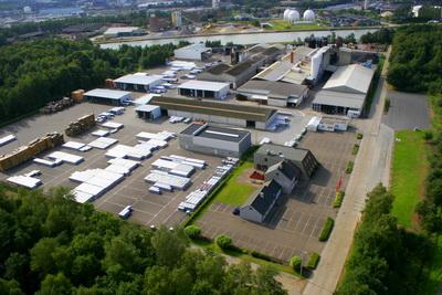 Завод IKO в Бельгии, производство гибкой черепицы